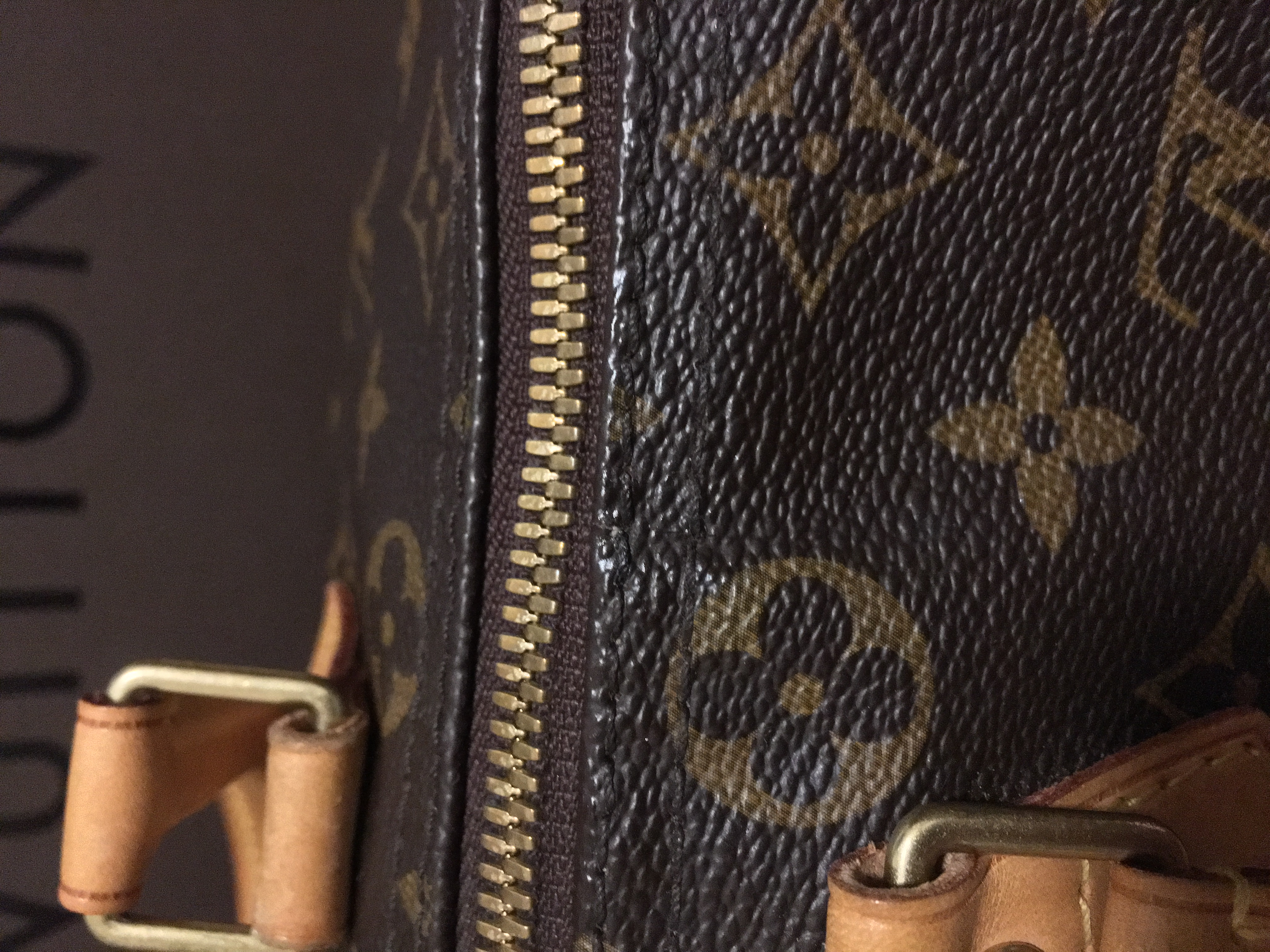 3840b3ea004f3 Everything About Louis Vuitton Canvas Cracks
