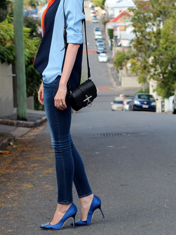 manolo blahnik blue shoes with jeans images